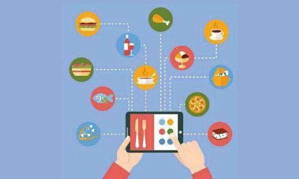 建立老客户微信群、设置一些有趣的活动让客户主动发朋友圈等等