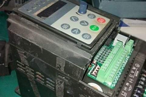 常见上海西威变频器维修故障原因分析